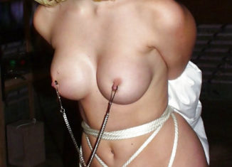 Casalinga bondage cerca trombamico a Firenze